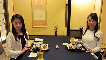 一流料亭で食事をしながら学ぶ和食・会食テーブルマナー